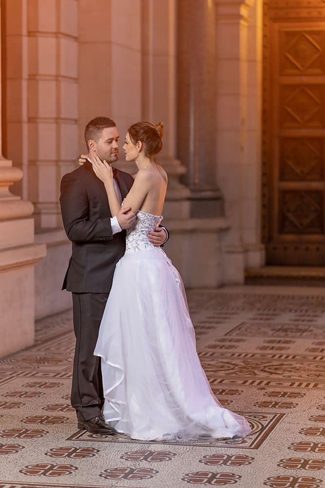 Wedding photography Melbourne Parliament house bride groom kimberly