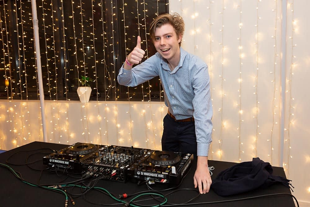 event photography Melbourne 21st birthday Party clare 14