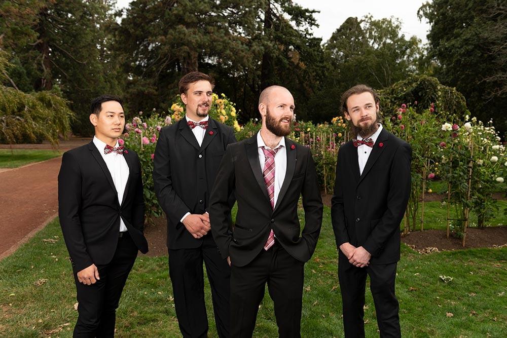 groom and groomsmen at Ballarat botanical gardens