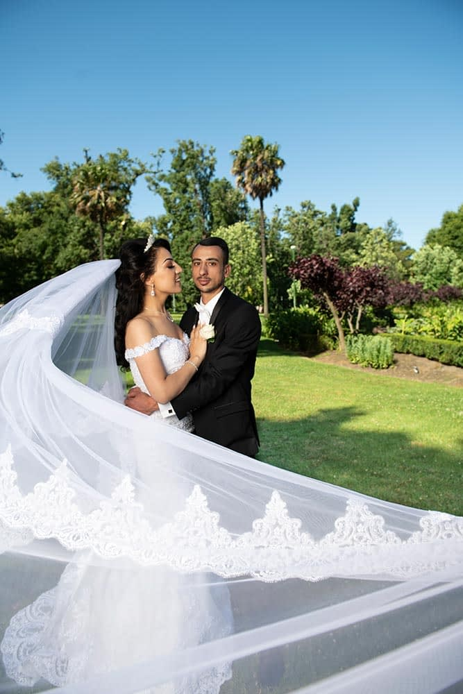photo of bride and groom at Fitzroy gardens