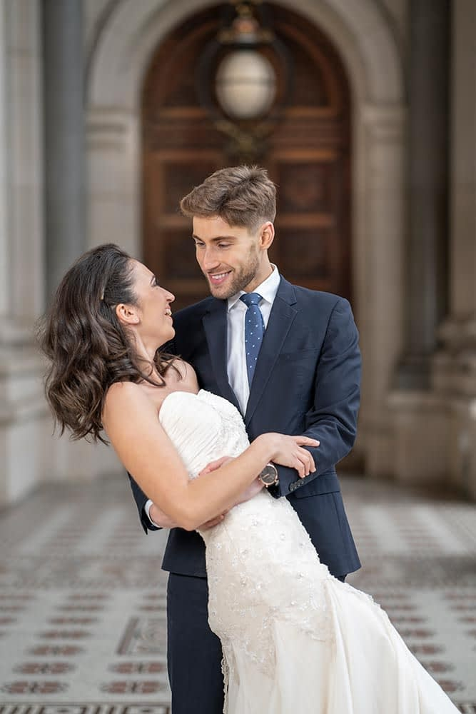 lovely photo of bride and groom at Parliament House